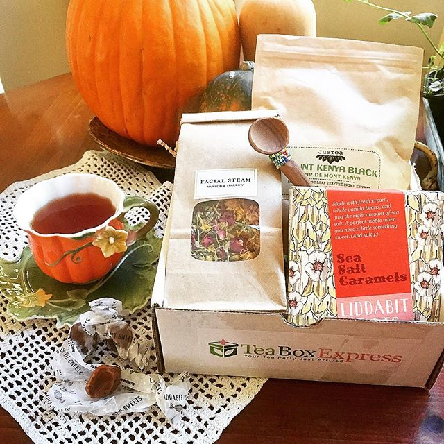 October 2016 tea box