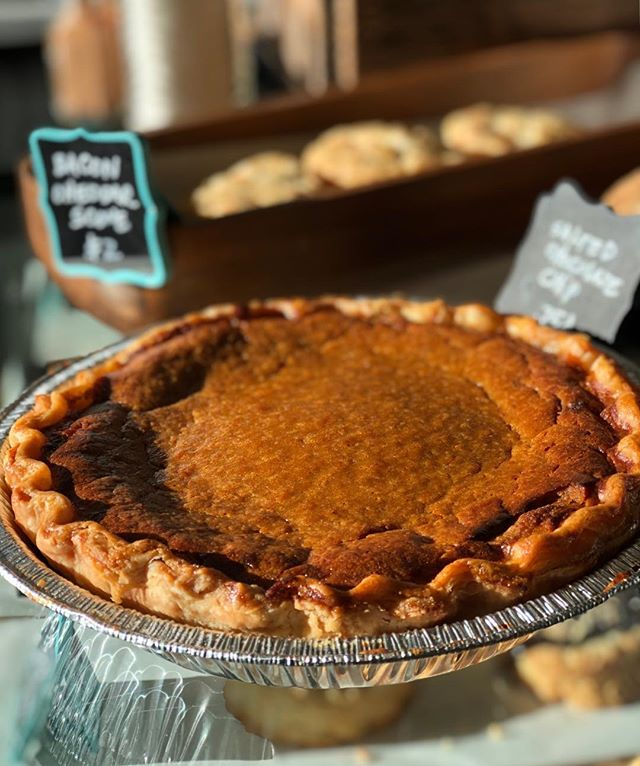 It's not too late to pre-order a pie for Thanksgiving! Pumpkin, Pecan, and Blueberry Crumble. Give us a buzz at the bakery 208-375-2971.