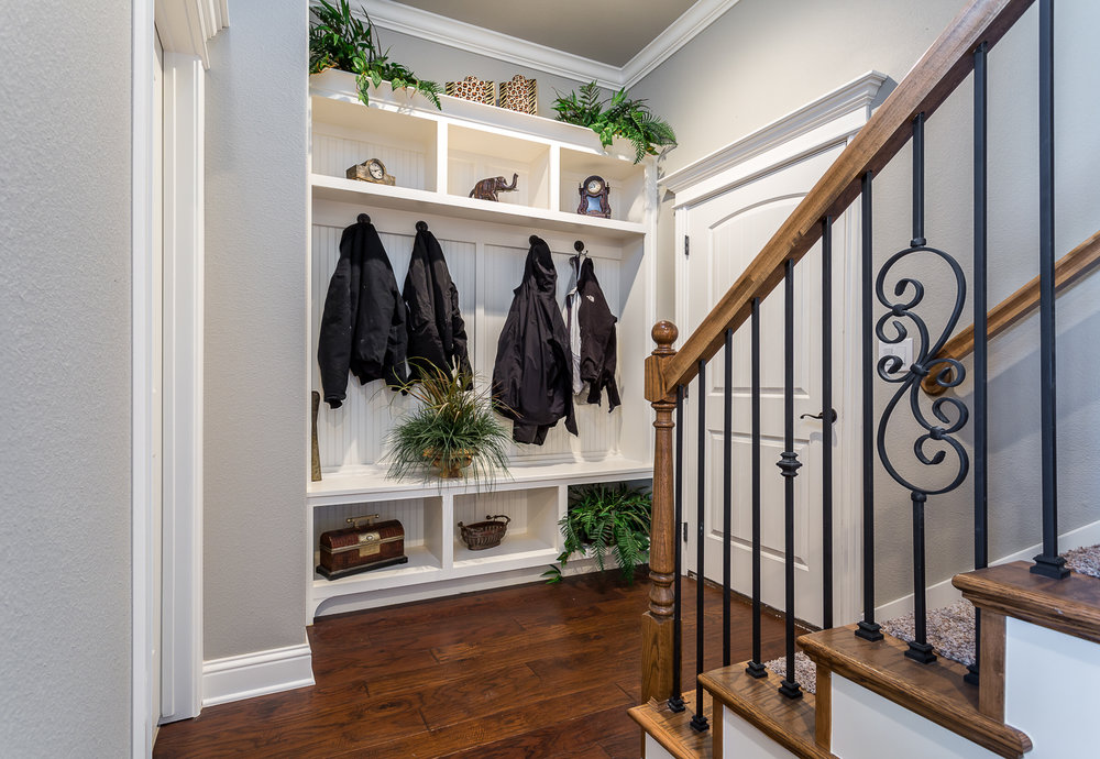Built-ins located in the Cross Creek community of Rogers shot by
