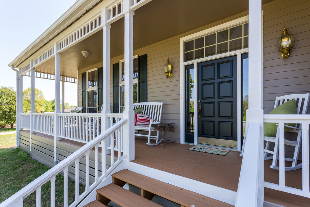 Front porch shot for real estate photo shoot of home in Siloam S