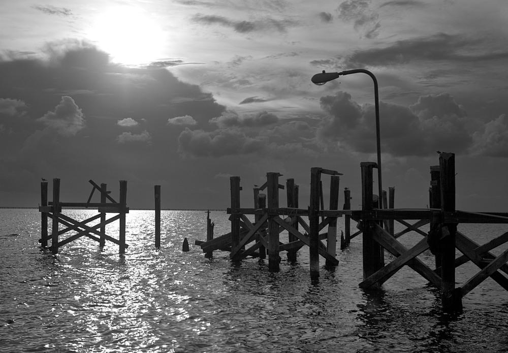 Lakefront Pier Clouds_9124.jpg