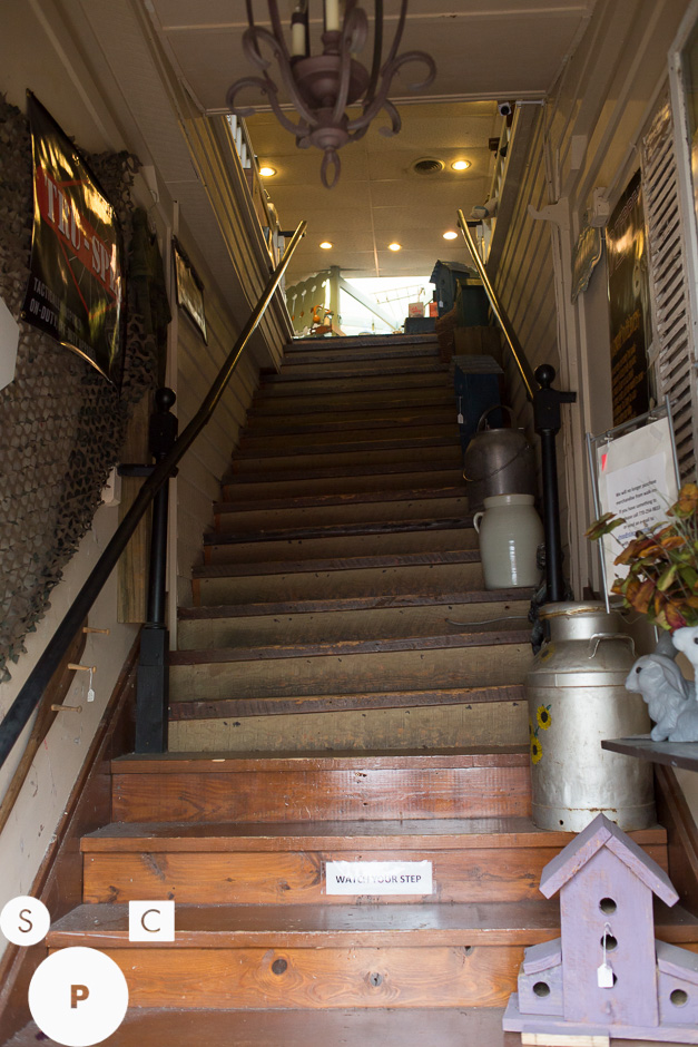 Stairway to Heaven Antiques Mall Newnan, GA © Susan Crutchfield Photography