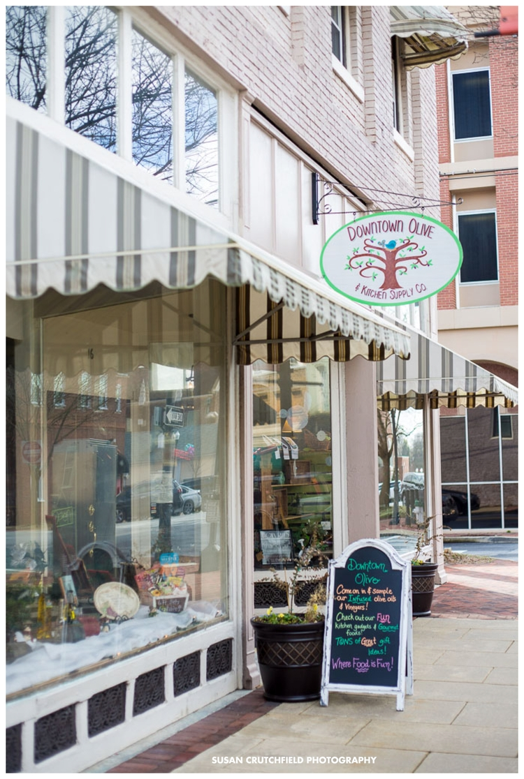 Downtown Olive & Kitchen Supply Co. Newnan, GA Photo © 2015 Susan Crutchfield Photography
