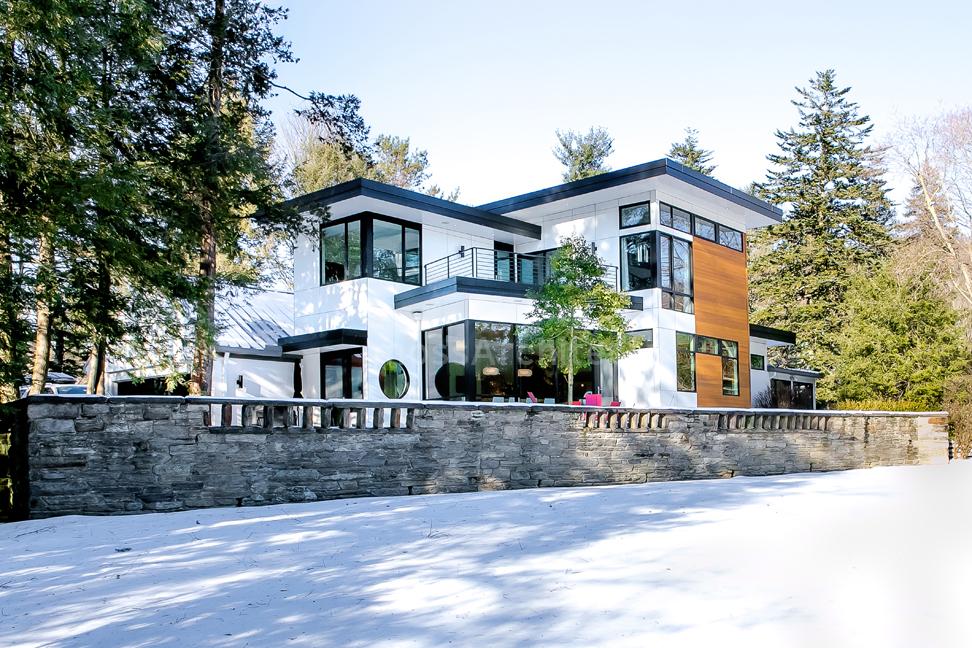 creek drive residence