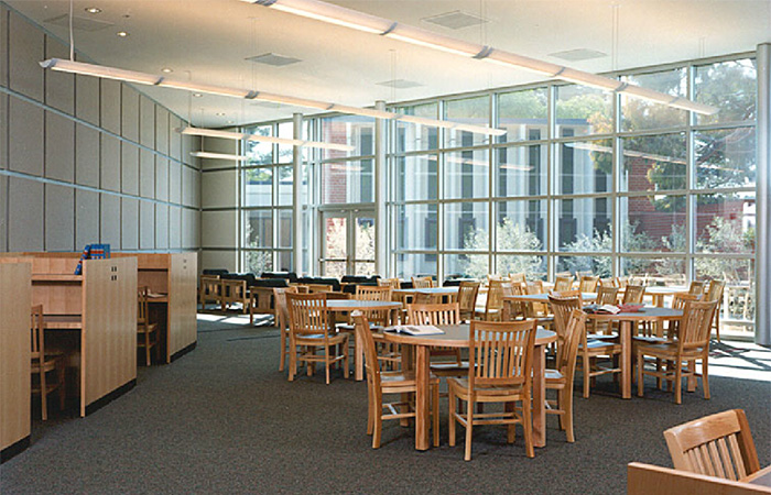 De-La-Salle-Library-2---web.jpg