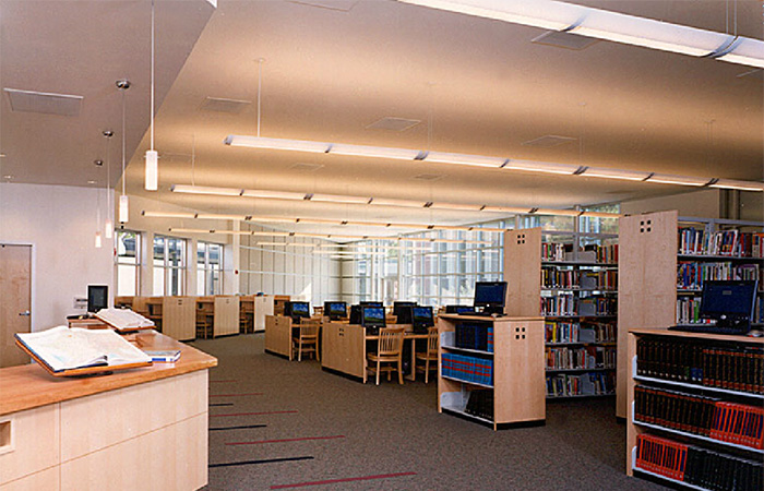 De-La-Salle-Library-3---web.jpg