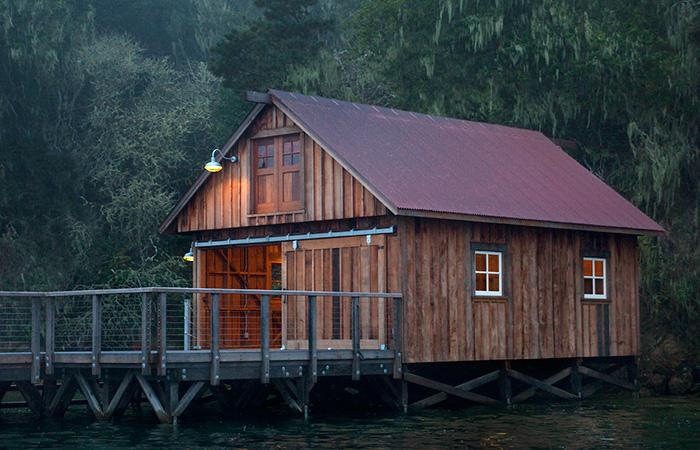 HOUSE-BOAT-1.jpg