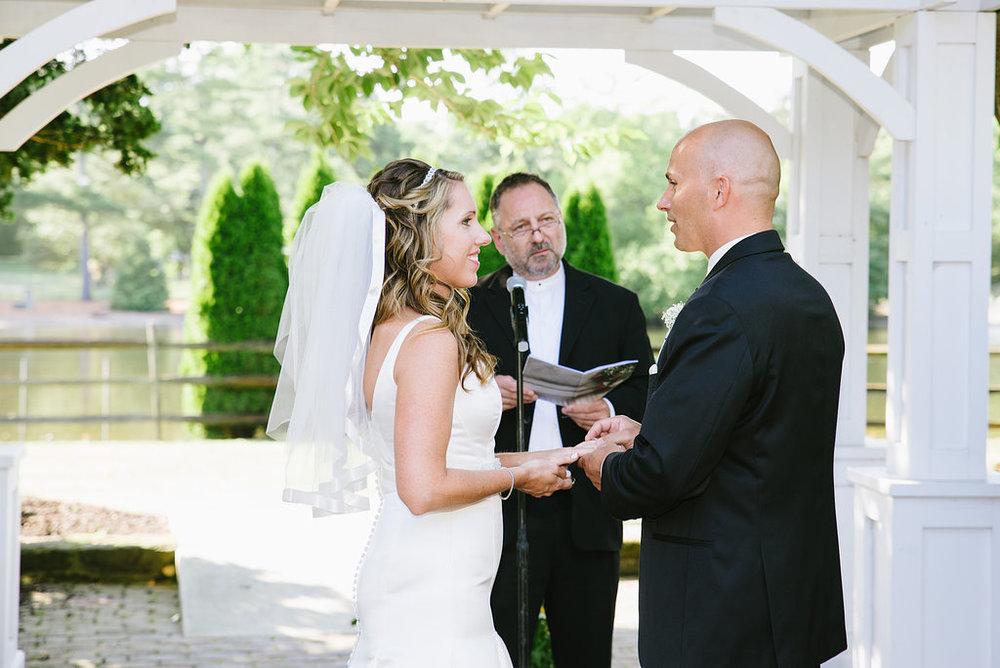 Smithville Inn Wedding | Nicole Klym Photography | www.nicoleklym.com