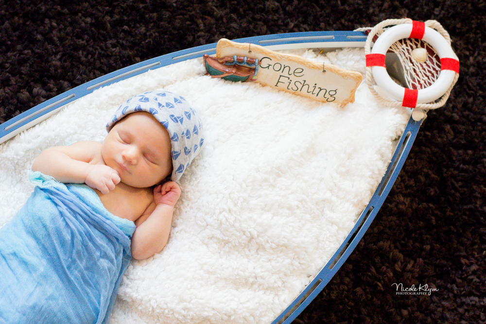 Manahawkin, New Jersey Newborn Photographer | Nicole Klym Photography | www.nicoleklym.com