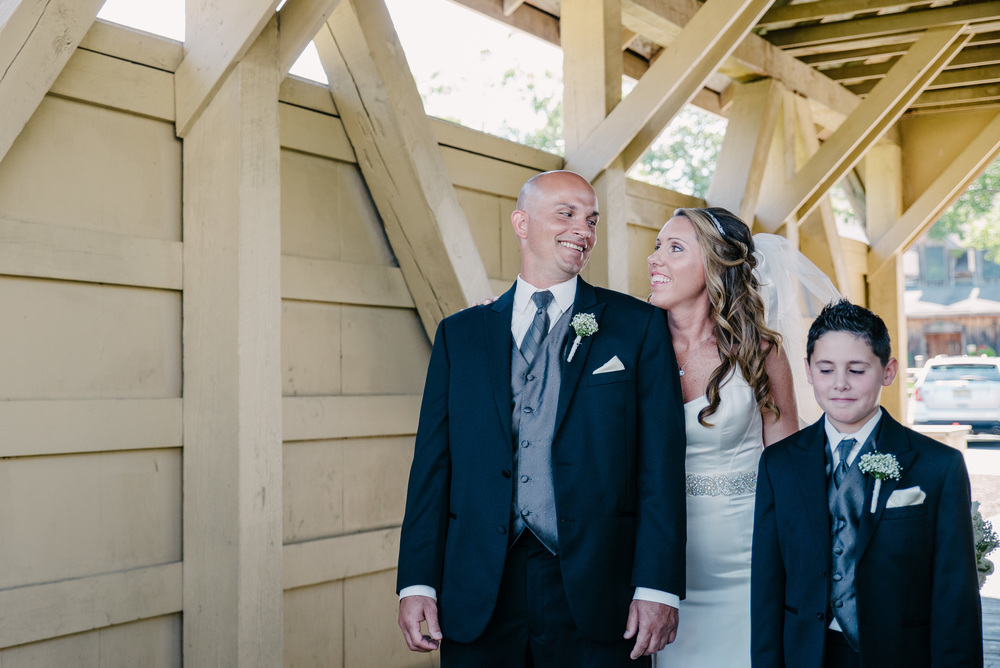 Smithville Inn Wedding First Look | Nicole Klym Photography