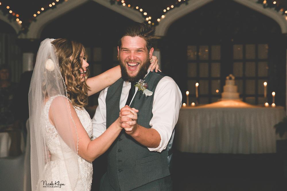 Renault Winery Wedding | Nicole Klym Photography | www.nicoleklym.com