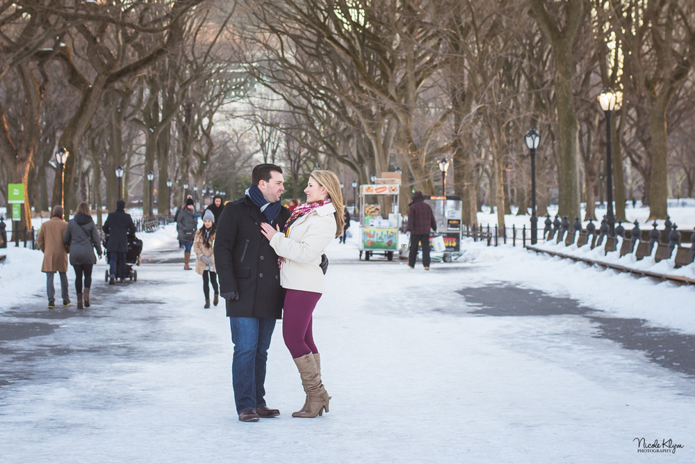 Central Park Winter Engagement Session | NYC Engagement Photos | Nicole Klym Photography