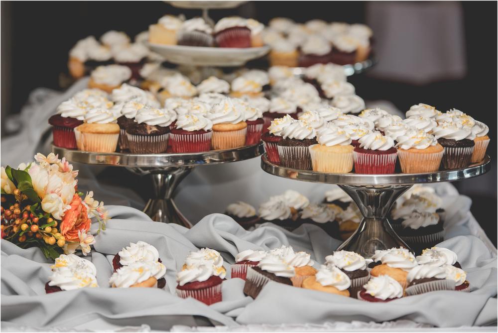 Wedding Cupcakes at Scotland Run Golf Club Wedding in Williamstown, NJ