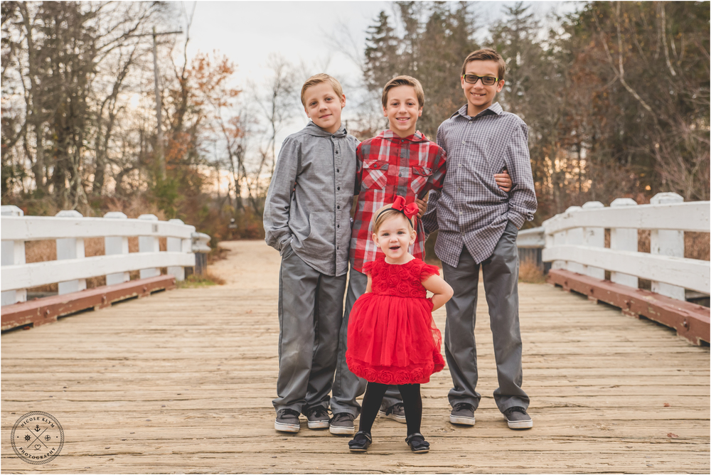 NJ Kids Christmas Photos at Double Trouble State Park