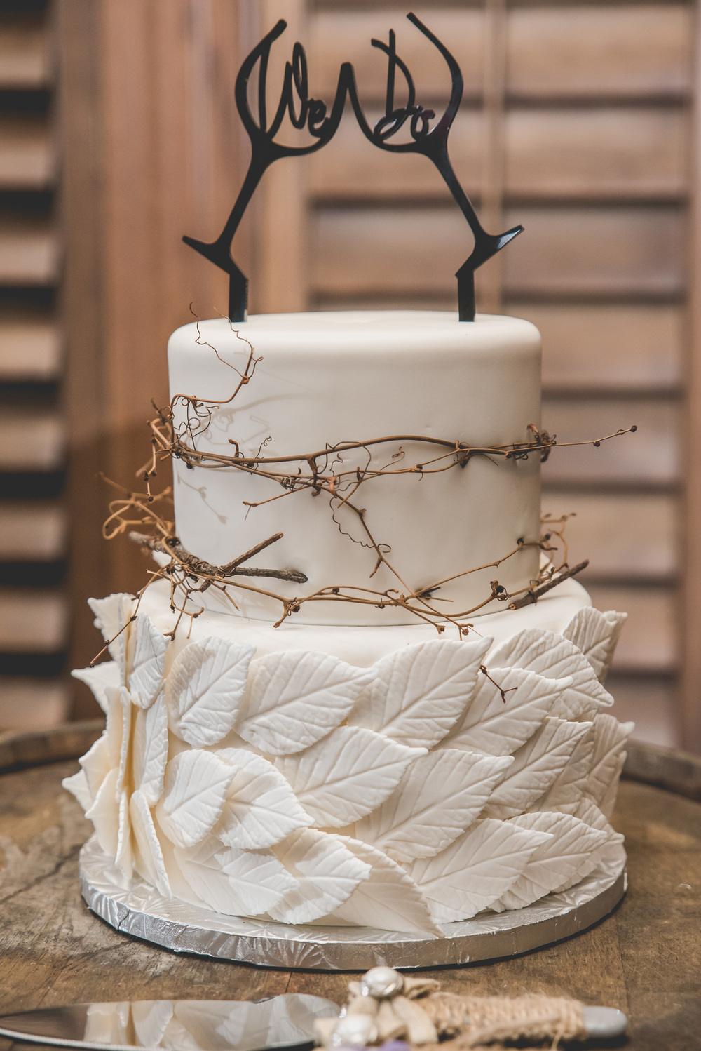 NJ Wedding Cake by Cake Stand Bakery | Photo by Nicole Klym Photography