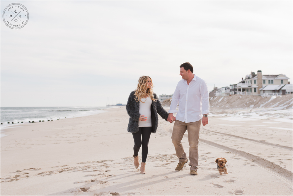 Lavallette, NJ Winter Maternity Photos by Nicole Klym Photography