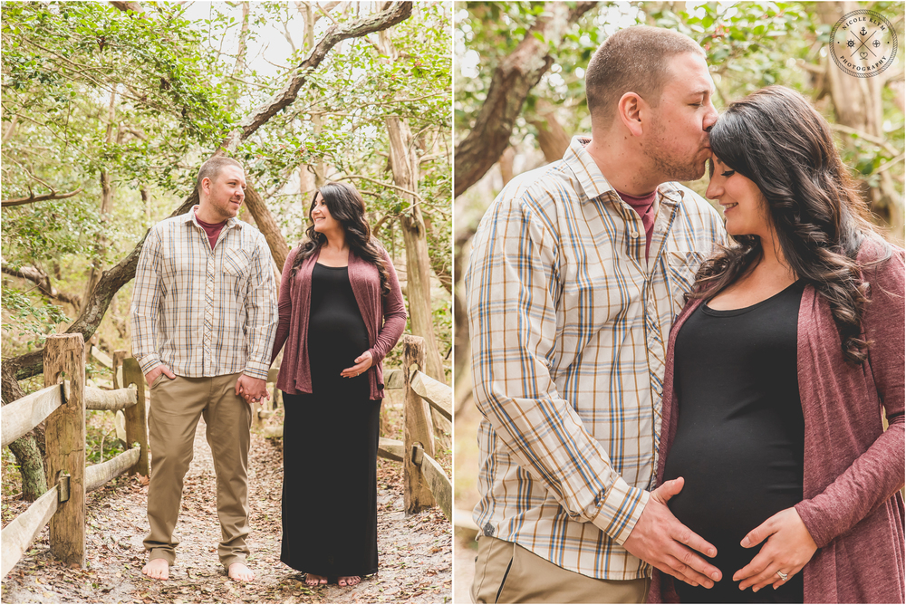 Barnegat Light Maternity Photos by LBI Photographer Nicole Klym Photography