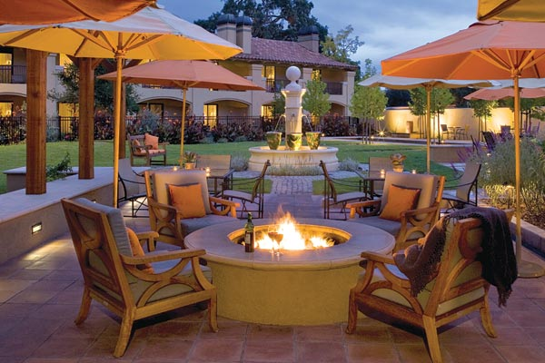 Patio at Napa Lodge