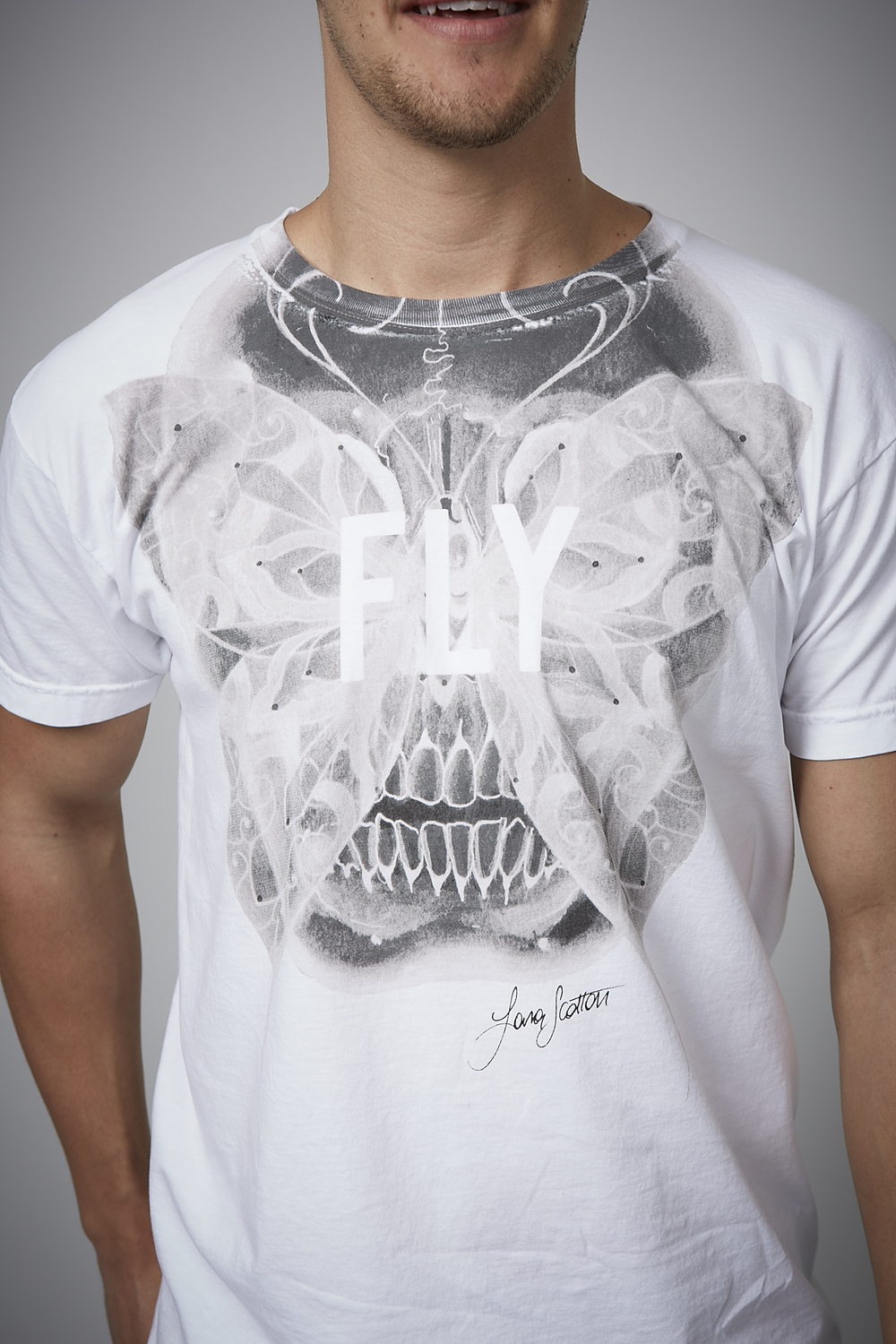 F+M Fashion and Music. Fly Tee. Original Skull artwork by Lara Scotton.
