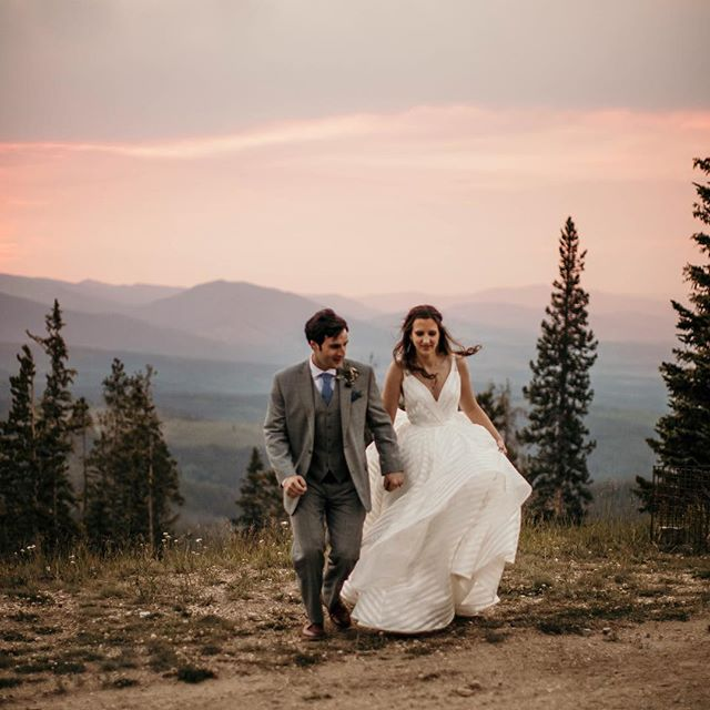 Sunset + mountains + perfect  dress + wind = best night ever