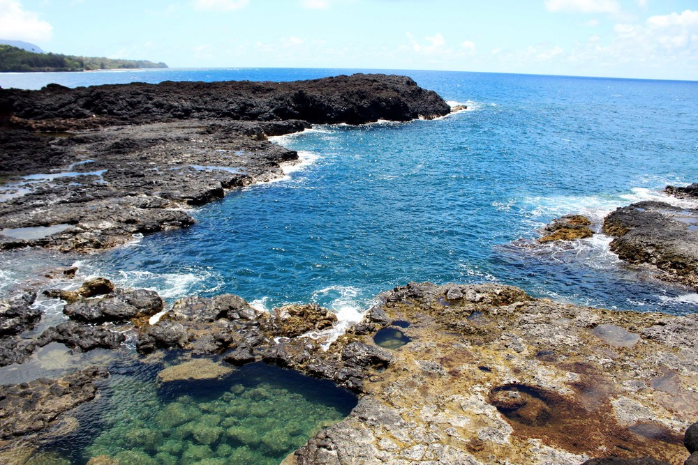 Secret Beach & Lava Pools in Kauai, Hawaii // via Jitney's Journeys