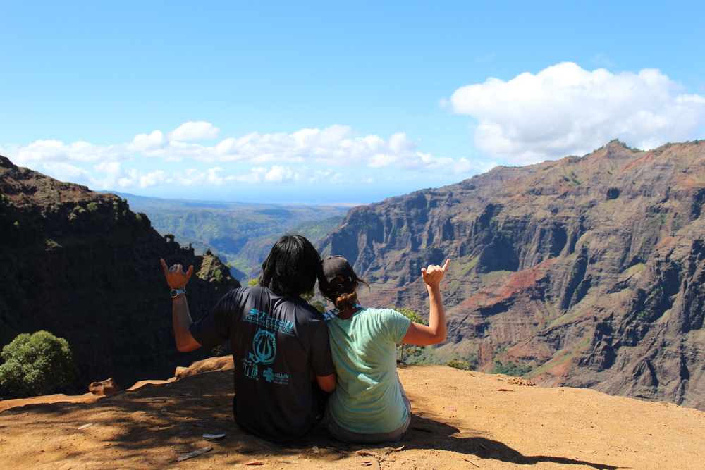 Canyon Trail - Hike Waimea Canyon in Kauai, Hawaii // via Jitney's Journeys