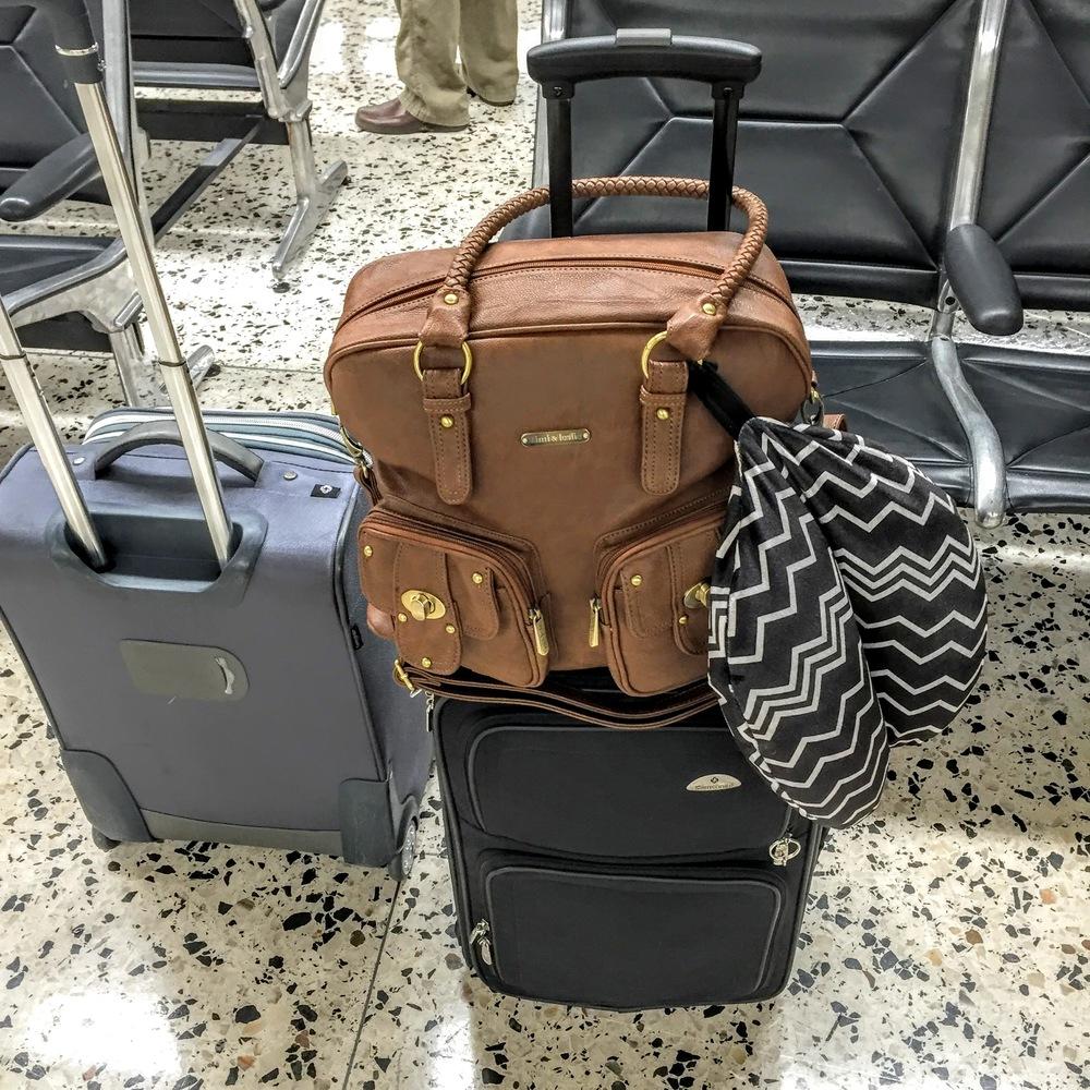 Timi & Leslie Diaper Bag // via Jitney's Journeys