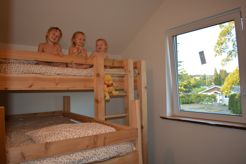 11 kids room.jpg