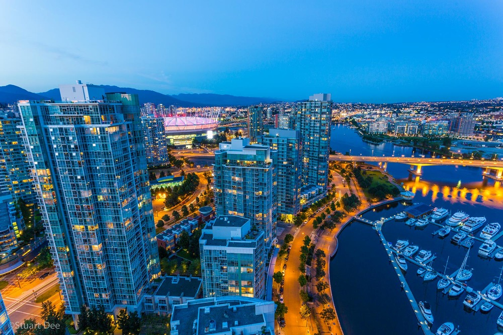 Aerial view, showing Yaletown, downtown, False Creek, Cambie Street Bridge, Vancouver, BC, Canada