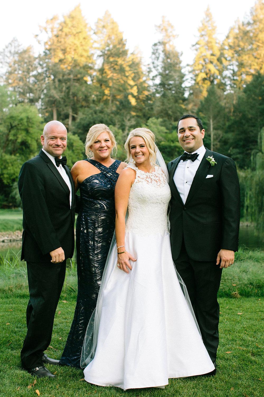 Katlin&Nawder-FamilyPictures-LindsayMaddenPhotography-22.jpg