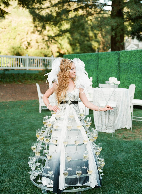 Katlin&Nawder-CocktailHour-LindsayMaddenPhotography-3.jpg