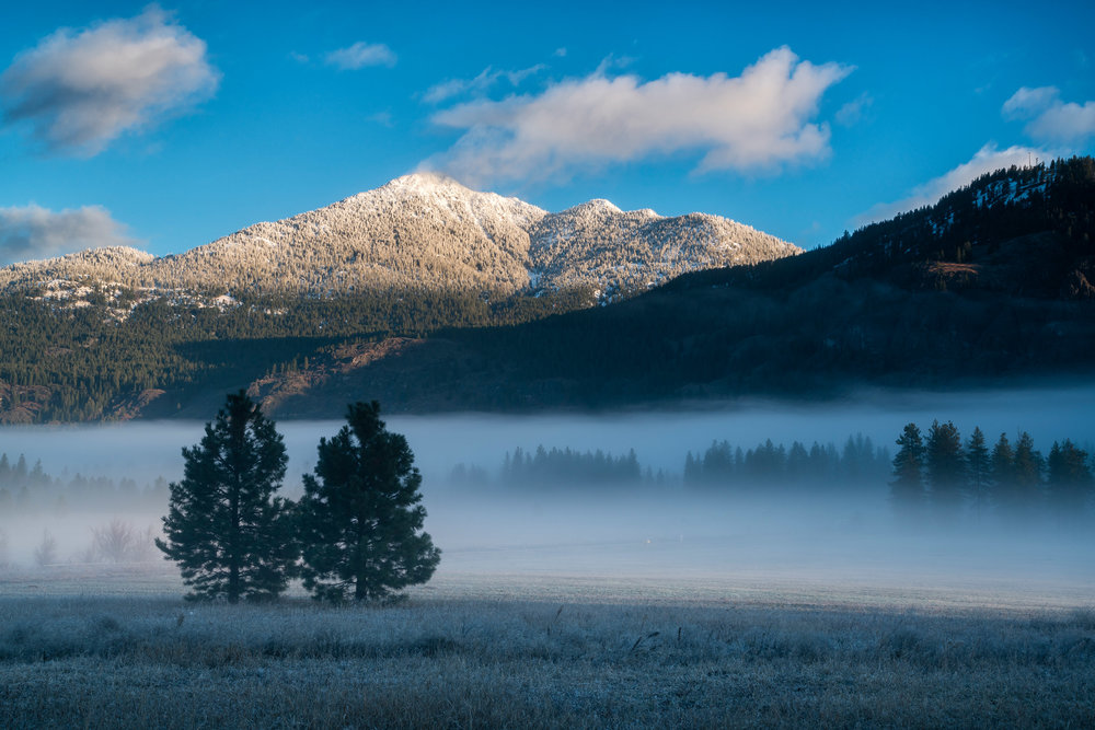 Landscape: Fog in the Methow Valley at sunrise in late autumn, Methow Valley, Washington