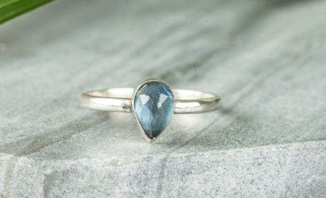Blu Topaz Pear Ring, £55