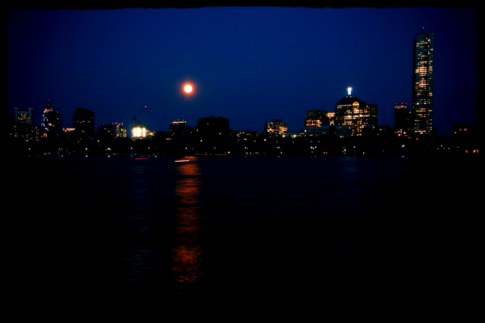 Moon Rise Skyline: Super Moon over Boston by M G Stanton (CC BY-NC-ND 2.0)