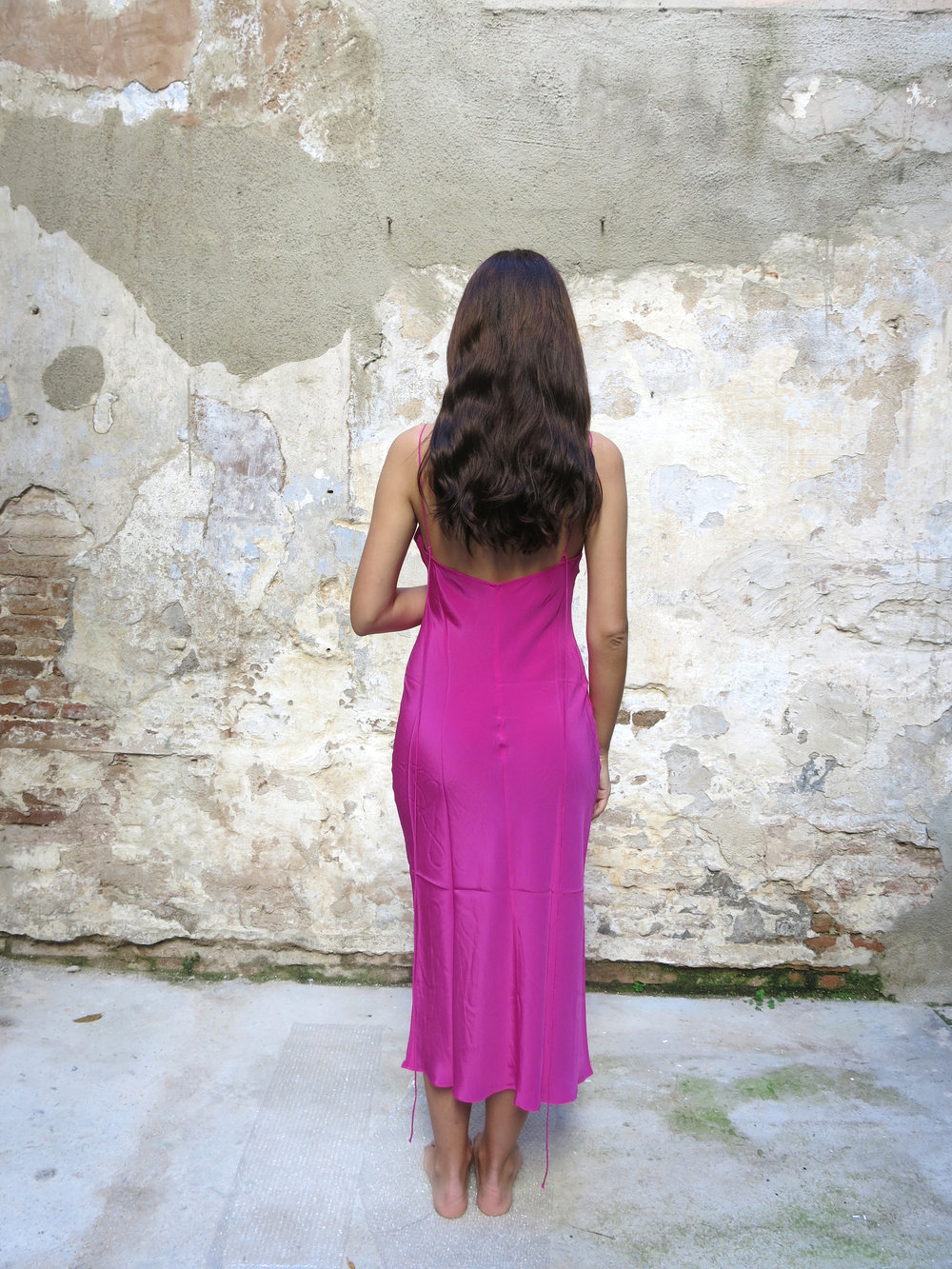 Vestido Fucsia Pari desai 04.jpg