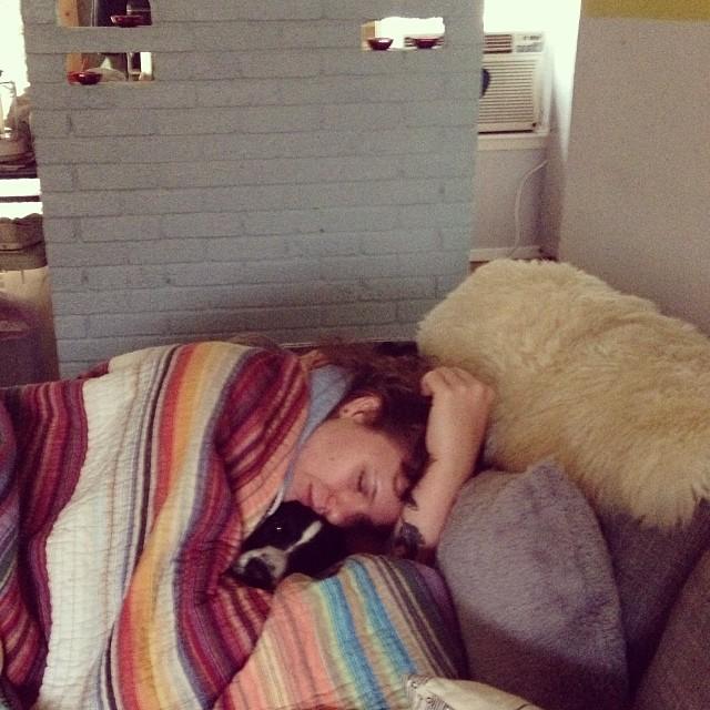 He's a great snuggler.  #pinguinothecorgimix #corgi #brittanyspaniel #muttlove #shelterpet #austinlovesdogs #austinanimalcenter #adoptdontshop #homelove #leyvaslovedpets–posted by mrsleyva on Instagram
