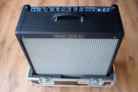 CAM-Fender_DeVille.jpg