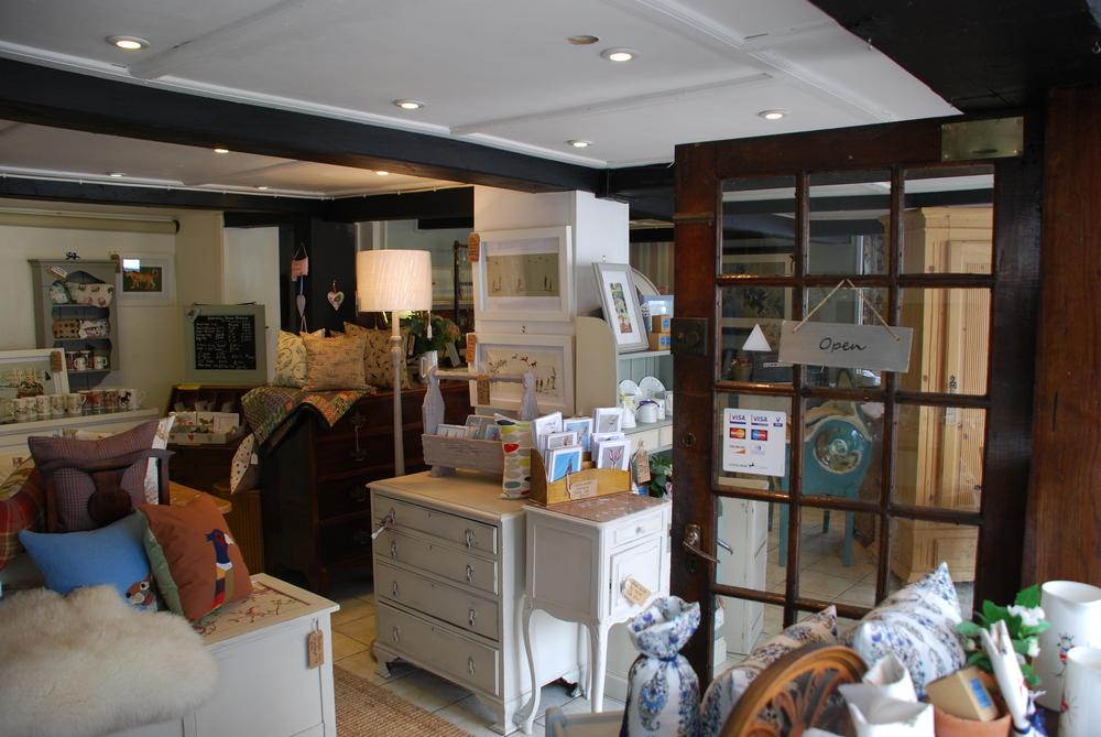 shop 003.JPG