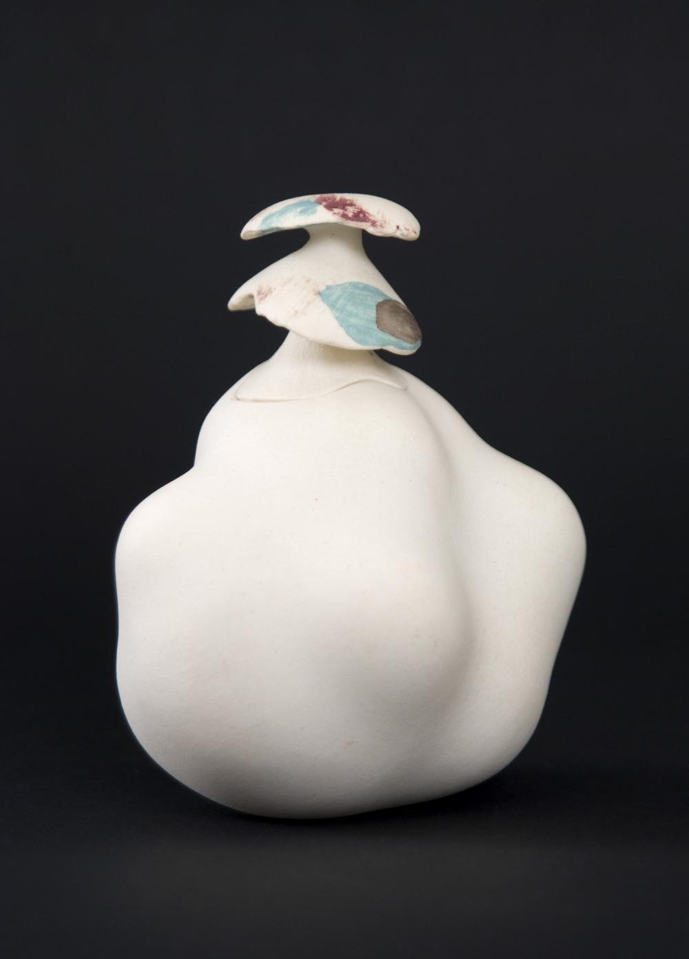 Kyoko Hori    Futamono  , 2004 Porcelain 3 x 2.25 x 2.5 inches / 7.6 x 5.7 x 6.4 cm / KYH 4