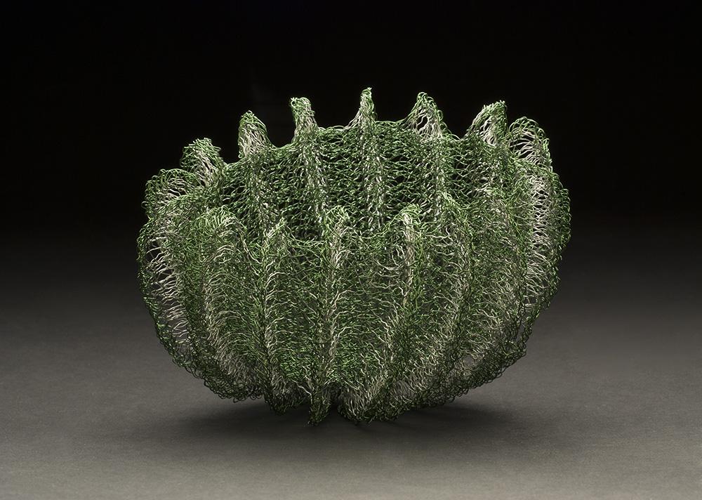 Mieko Kawase    Green  , 2014 Wire 3.94 x 5.12 x 3.94 inches 10 x 13 x 10 cm MKe 9