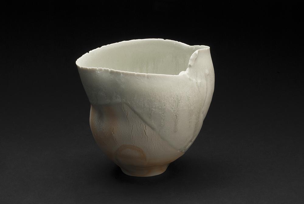 Mami Kato    Kaori  , 2013 Porcelain 5.75 x 6 x 5 inches 14.6 x 15.2 x 12.7 cm MmK 8