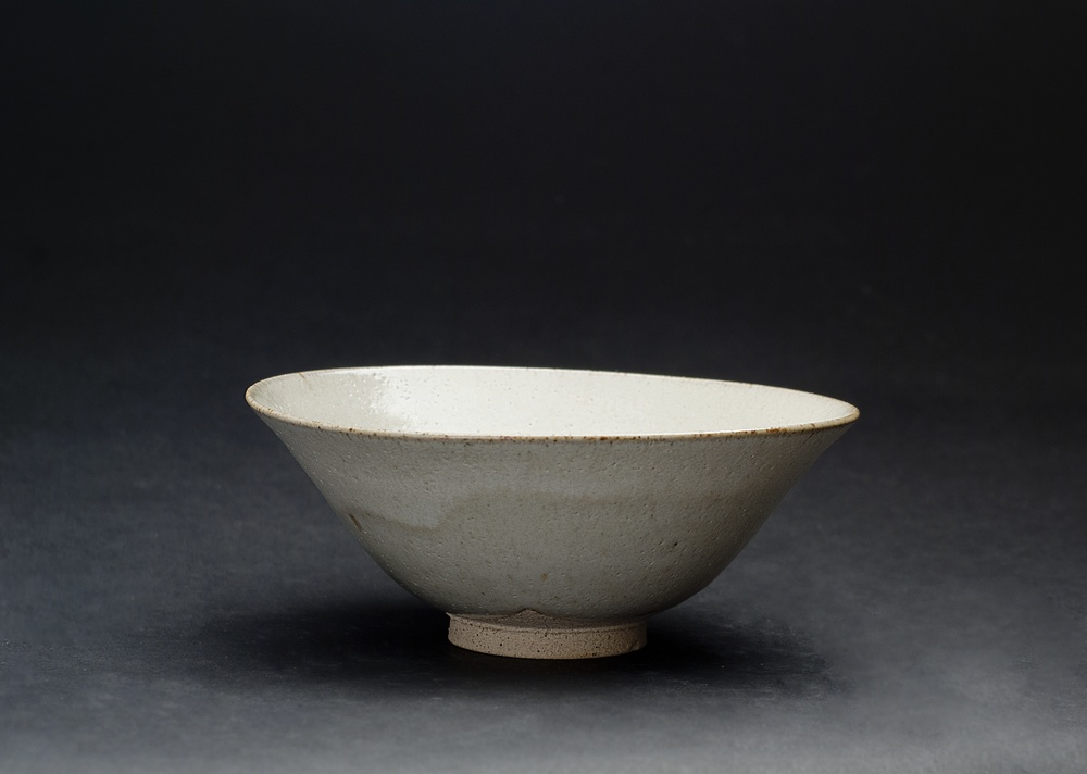 Gyozo Furuse    Summer Tea bowl   Akahada ware, fired ceramic 6 x 6 x 2.25 inches 15.2 x 15.2 x 5.7 cm GFu 1