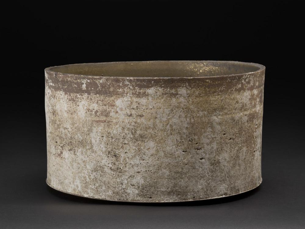 Yukiya Izumita    Untitled  , n.d. Ceramic 5 x 9.5 x 9.5 inches 12.7 x 24.1 x 24.1 cm YIz 3