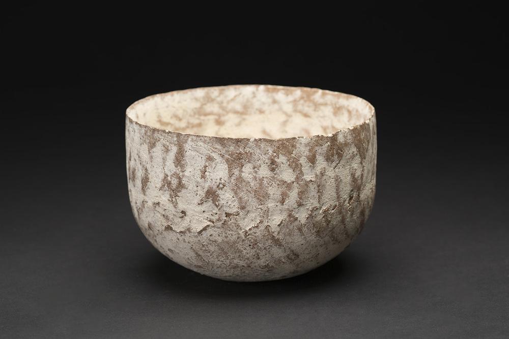 Akihiro Nikaido    Bowl  , 2015 Ceramic 4 x 5.75 x 5.75 inches 10.2 x 14.6 x 14.6 cm ANk 12