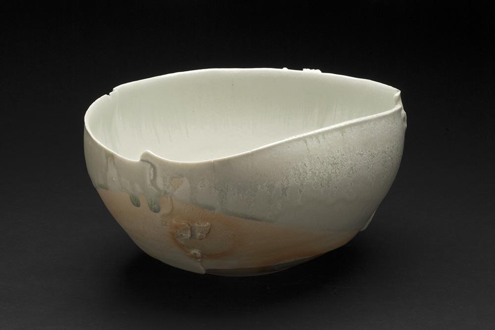 Mami Kato    Tsukuyomi  , 2013 Porcelain 5 x 10.5 x 9.5 inches 12.7 x 26.7 x 24.1 cm MmK 2