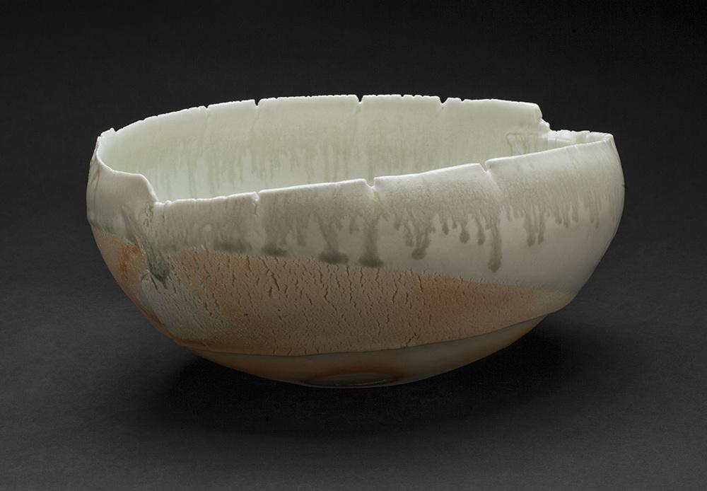 Mami Kato    Bunsuirei  , 2013 Porcelain 4.25 x 9.25 x 8.5 inches 10.8 x 23.5 x 21.6 cm MmK 4