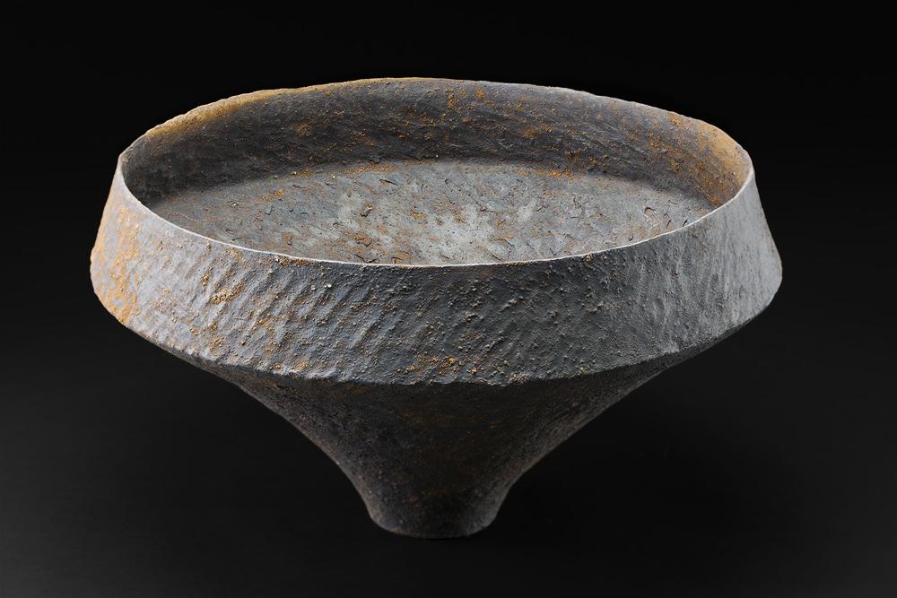 Akihiro Nikaido,Bowl, 2016,Ceramic,12 x 20 x 20 inches,30.5 x 50.8 x 50.8 cm,ANk 28
