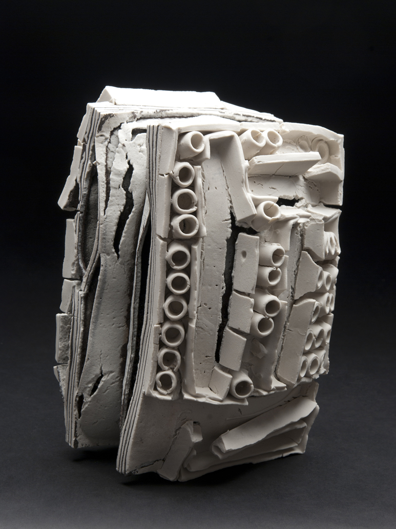 Rafa Perez Untitled, 2011 Ceramic 6 x 8.5 x 5.5 inches 15.2 x 21.6 x 14 cm RPe 5
