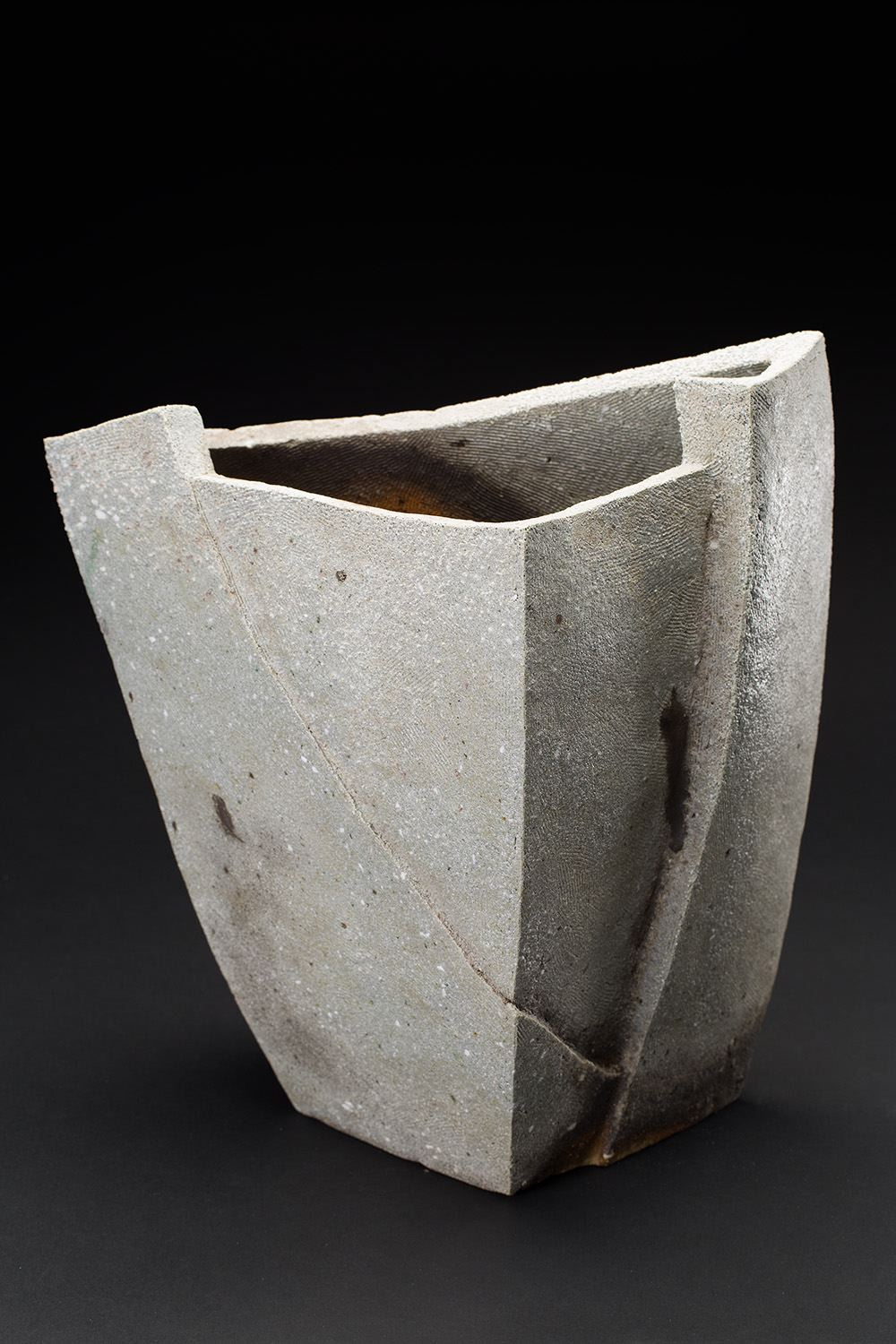 Tim Rowan Untitled, 2016 Woodfired ceramic 16.5 x 15 x 10 inches 41.9 x 38.1 x 25.4 cm TR 161