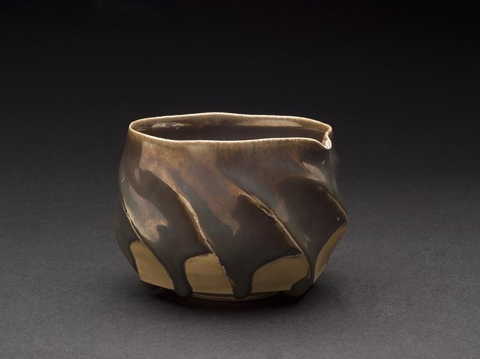 Toshiharu Yoshimura    Katakuchi  , 2013 Ceramic 2.68 x 3.62 x 3.78 inches 6.8 x 9.2 x 9.6 cm TYo 3